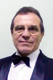 Анатолий Данилов — артист МБУ «ЧМПК «Классика»