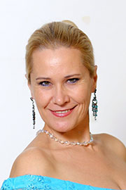 Карпова Татьяна Юрьевна — хормейстер МБУ «ЧМПК «Классика»